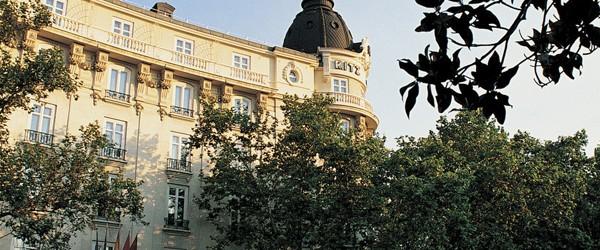 Los hoteles de lujo de madrid cambian de cara we you for Hoteles lujo madrid